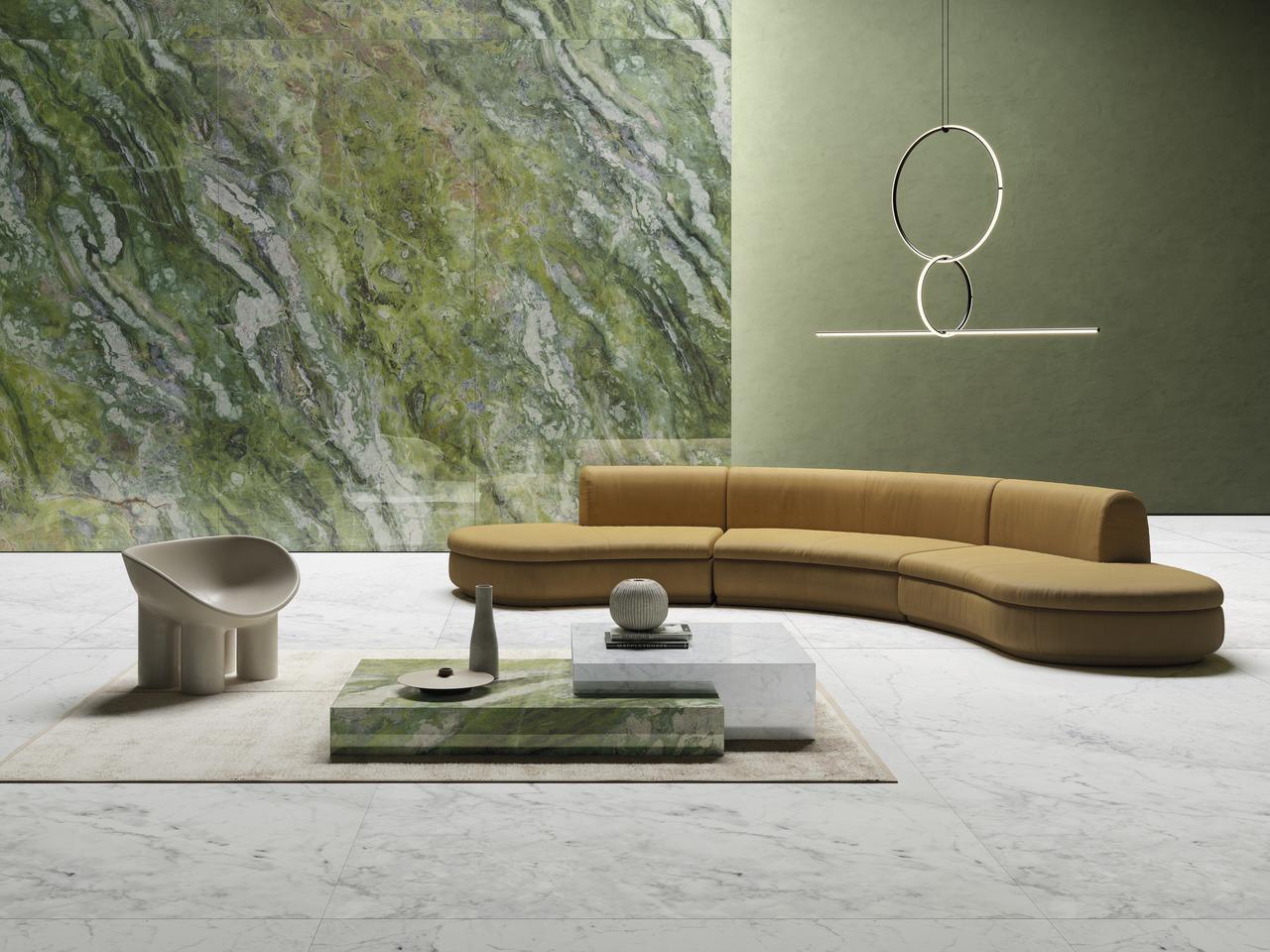 Grandes dalles en grès cérame effet marbres, Brilliant green Ultra marmi