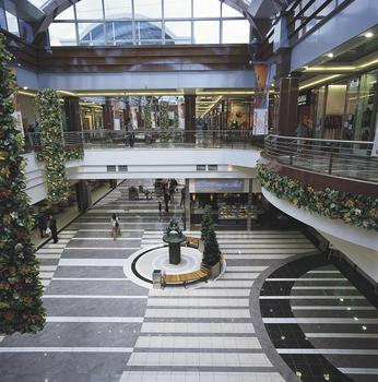 Poznan Plaza Shopping Centre
